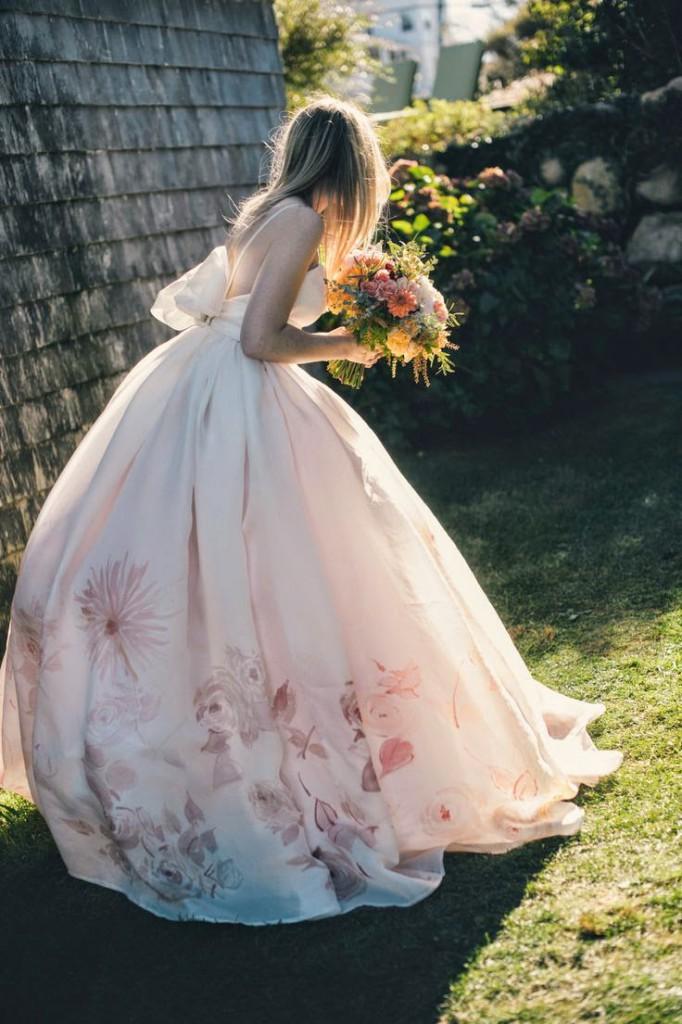 vestido novia flores falda