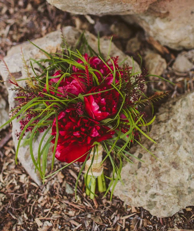 ramo novia tonos rojos
