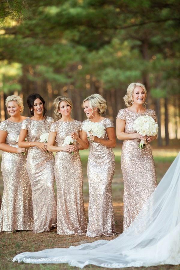 damas de honor vestido dorado