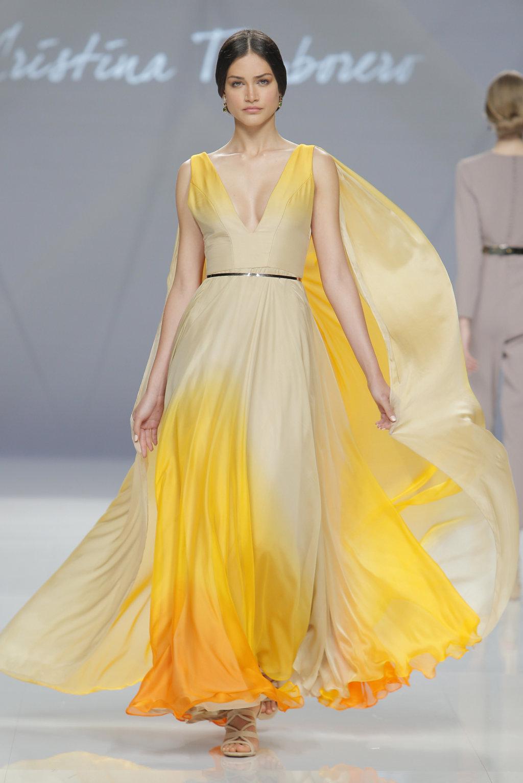 vestido amarillo invitada boda cristina tamborero 2017