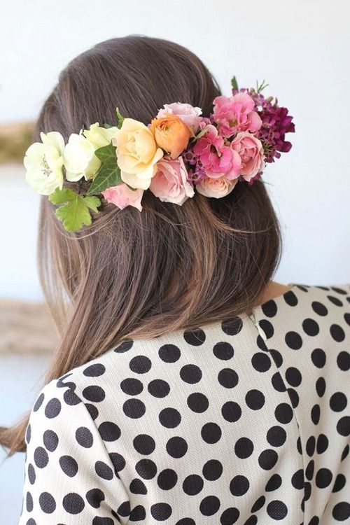 flores y lunares