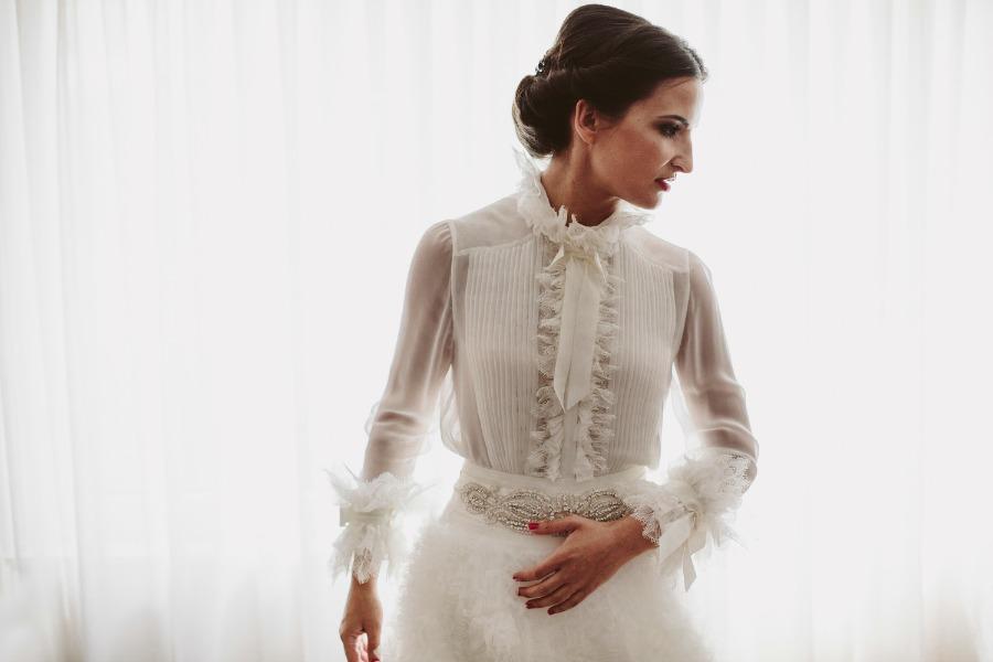 blusa novia manga larga pronovias