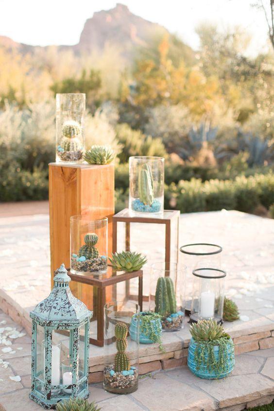 deco cacti wedding