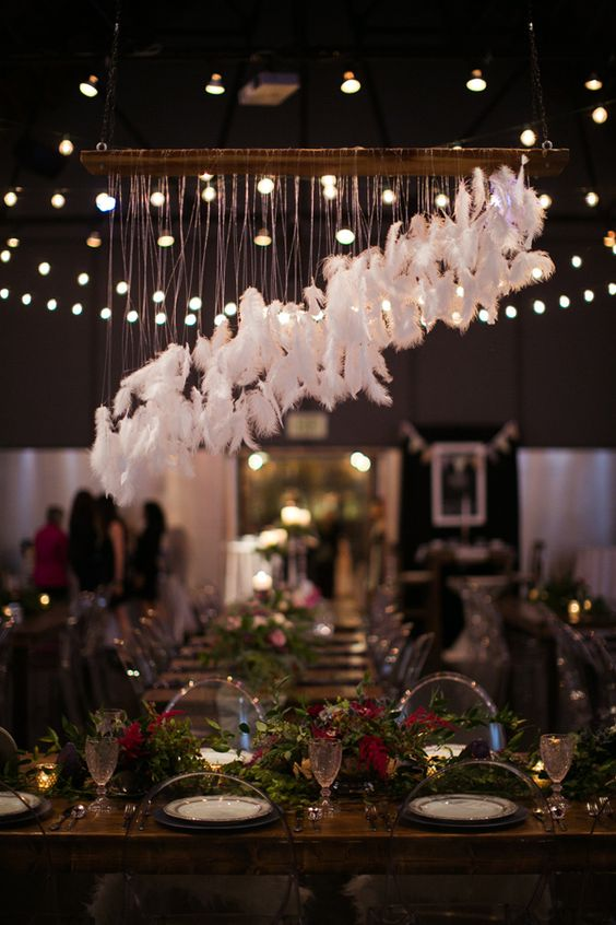deco plumas wedding