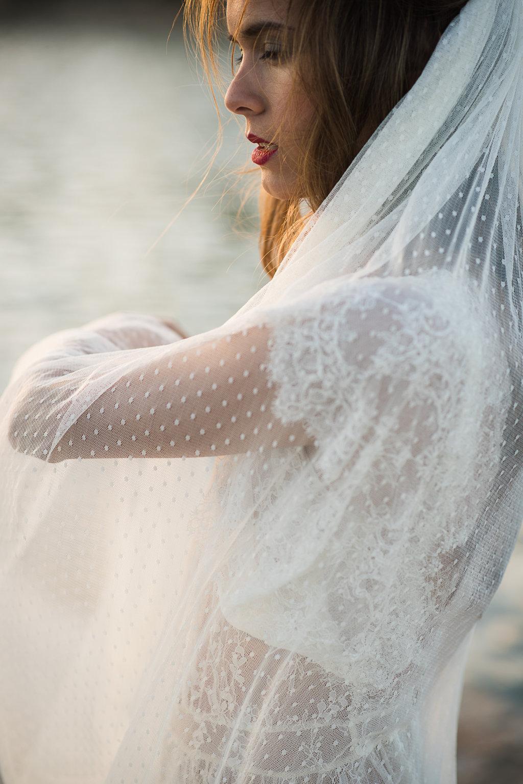velo plumeti novias