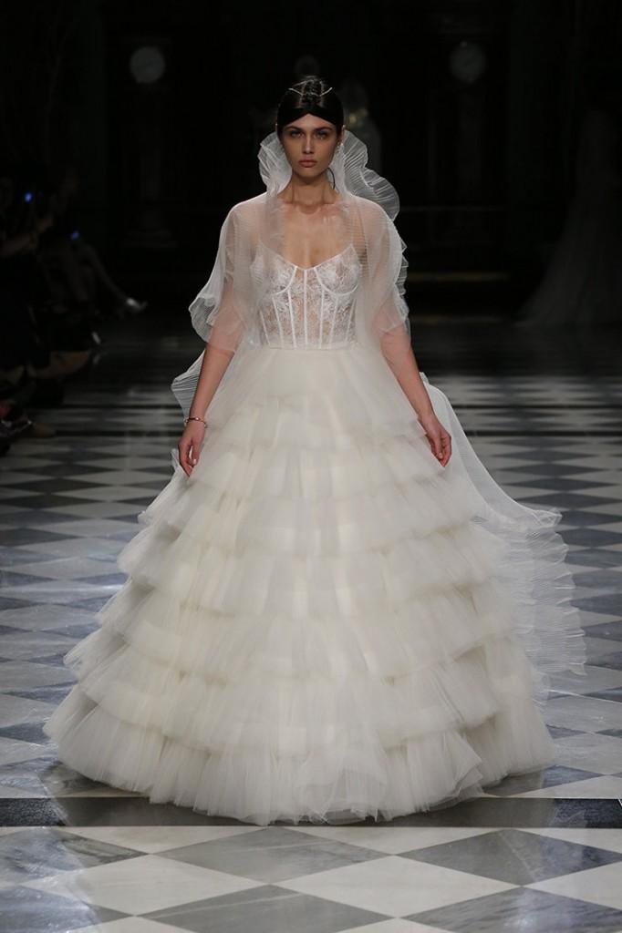 haute couture yolancris 2018 vestidos-novia-barcelona-coleccion-2018-alta-costura-tendencias-novia-yolancris-yolan-cris (8)