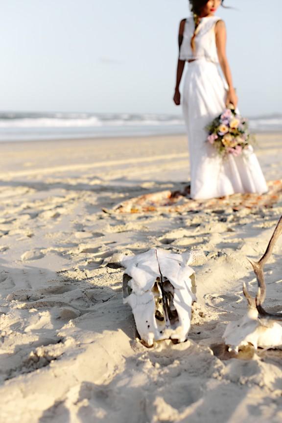 frida-kahlo-wedding-inspiration-19-576x864