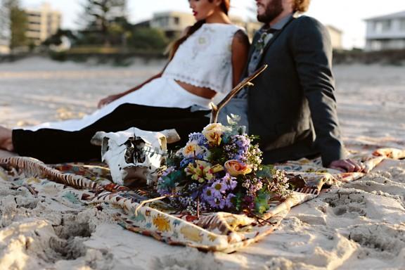 frida-kahlo-wedding-inspiration-22-576x384