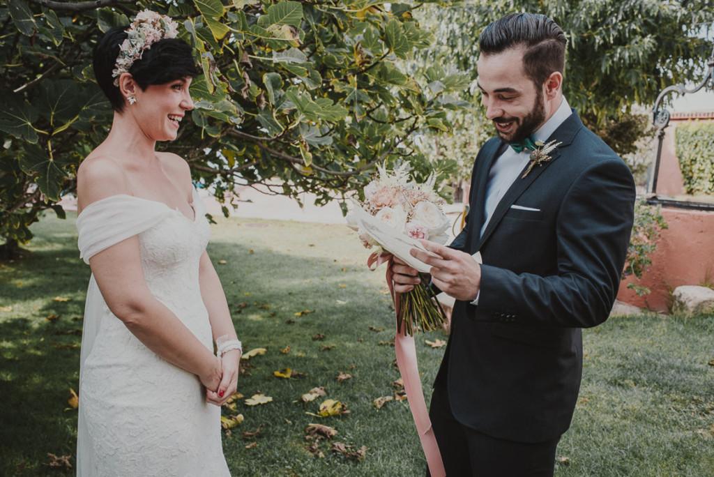 boda entre vinedos AlejandraCasaleizFotografoBodasBarcelonaDestinationWedding-105