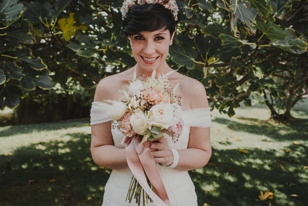 boda entre vinedos AlejandraCasaleizFotografoBodasBarcelonaDestinationWedding-118