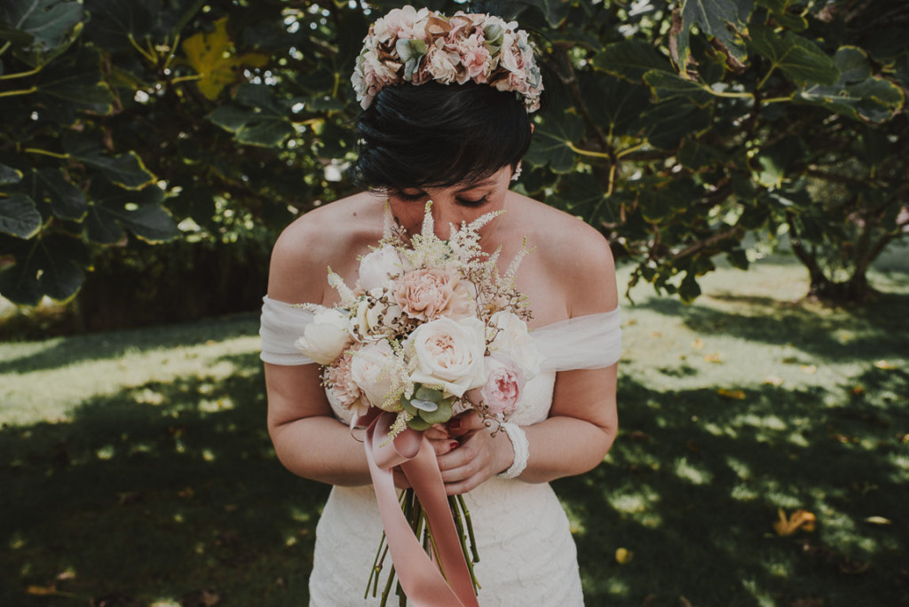 boda entre vinedos AlejandraCasaleizFotografoBodasBarcelonaDestinationWedding-119