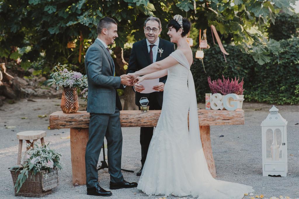 boda entre vinedos AlejandraCasaleizFotografoBodasBarcelonaDestinationWedding-267