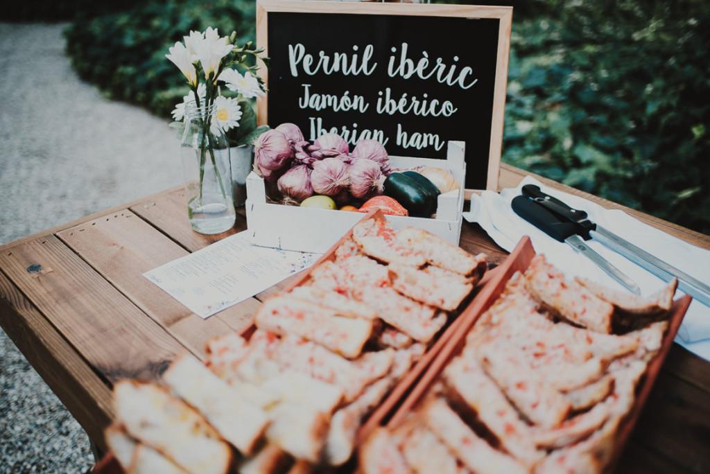boda entre vinedos AlejandraCasaleizFotografoBodasBarcelonaDestinationWedding-363