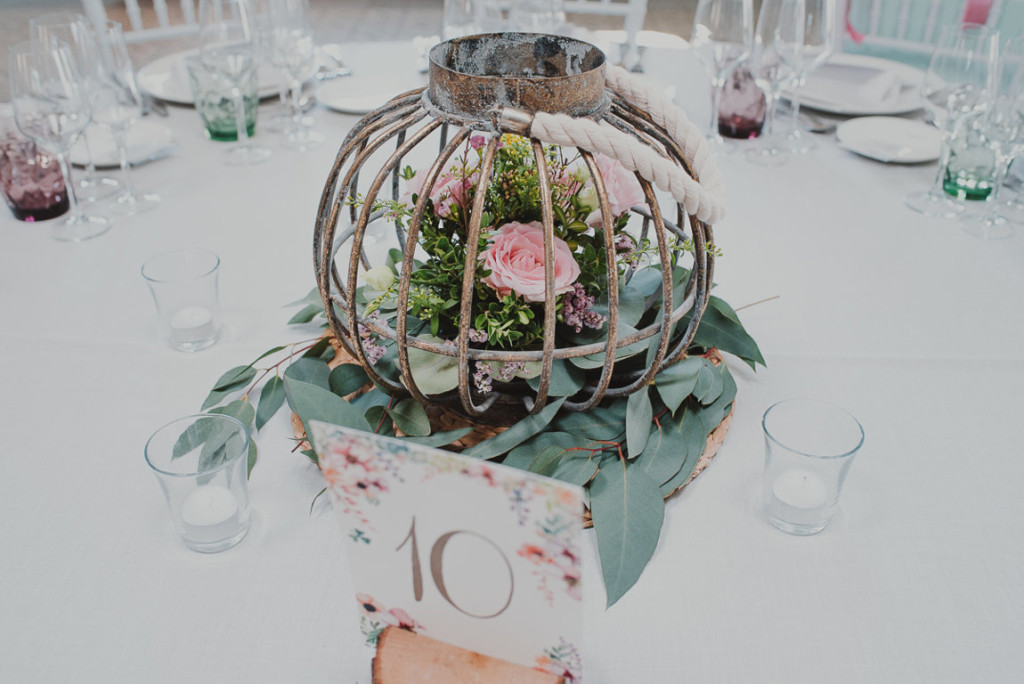 boda entre vinedos AlejandraCasaleizFotografoBodasBarcelonaDestinationWedding-459
