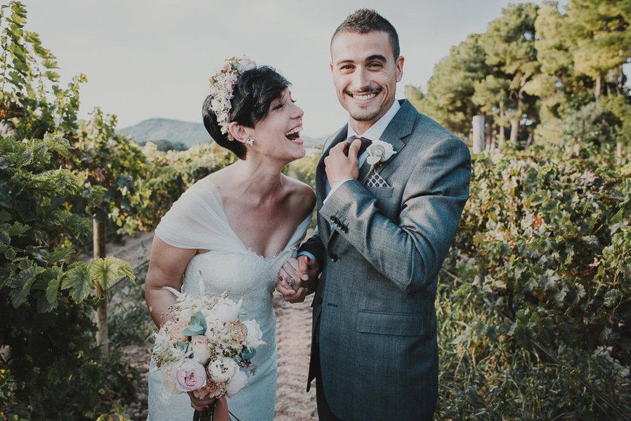 portada boda entre vinedos