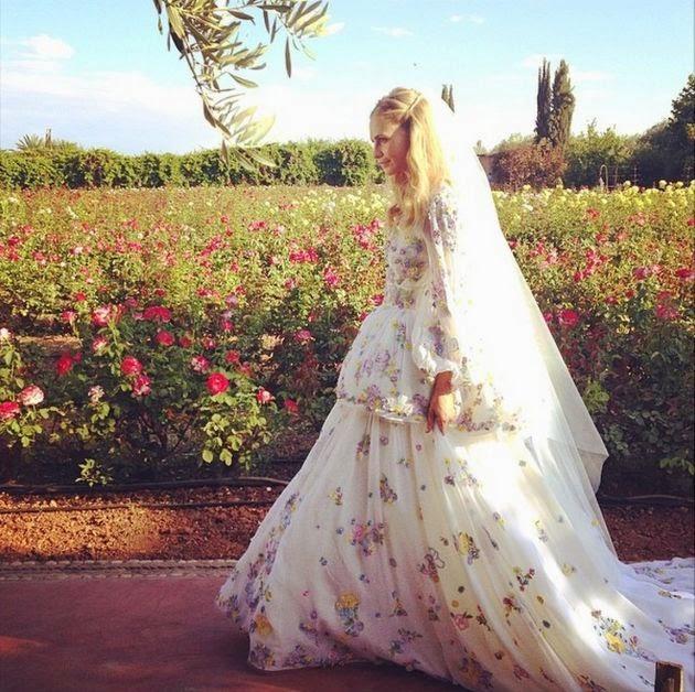 vestido novia floreado