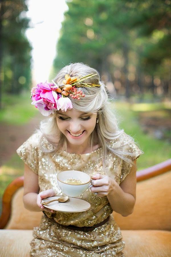 vestido invitada dorado