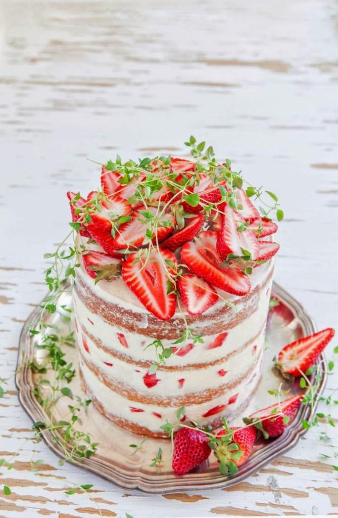 naked cake fresas
