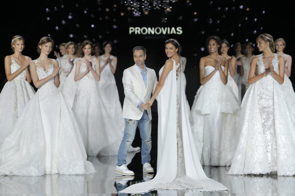 pronovias coleccion novias 2017 pronovias_0094