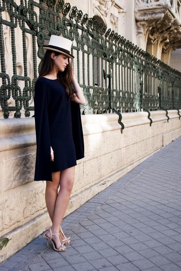 70bb48aff Invitadas perfectas con capa - Quiero una boda perfecta - Blog de Bodas