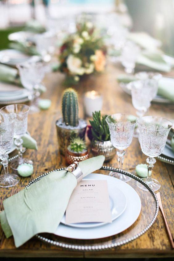 mesa boda decorada con cactus