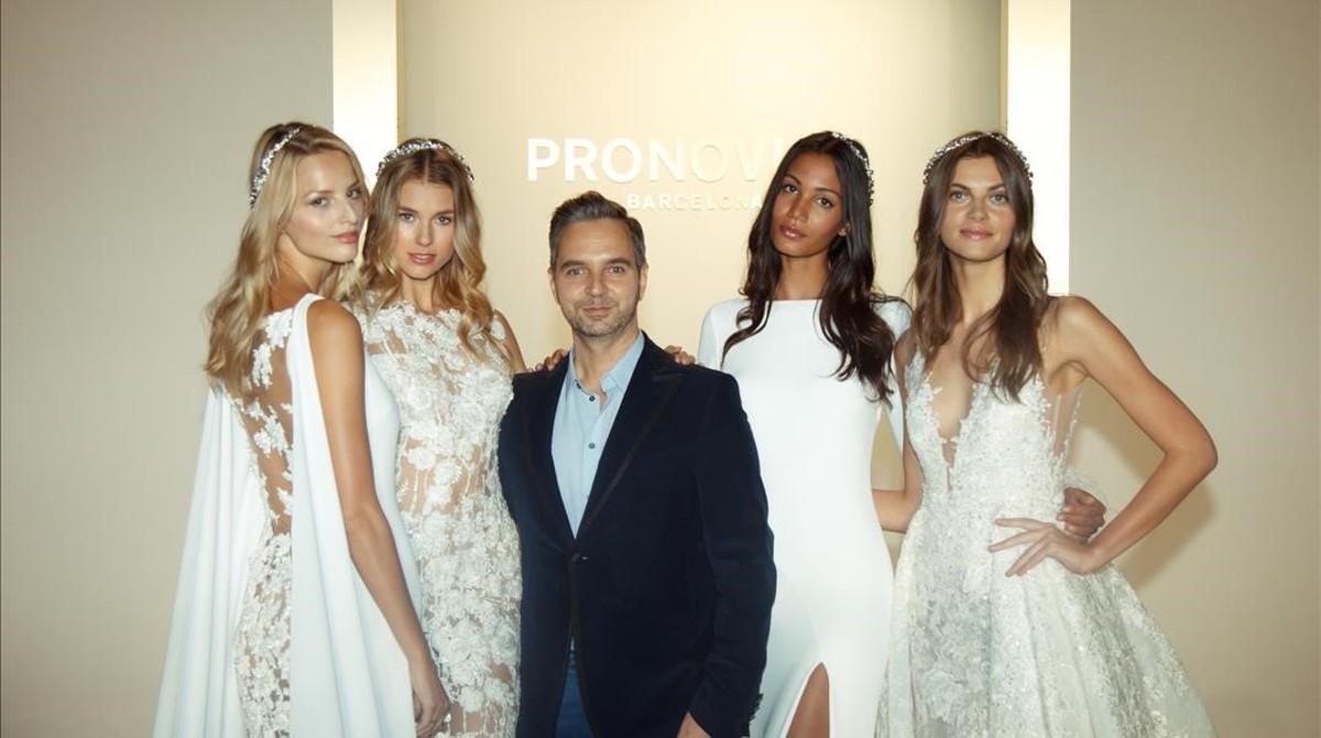 pronovias 2017 new york fashion week bridal