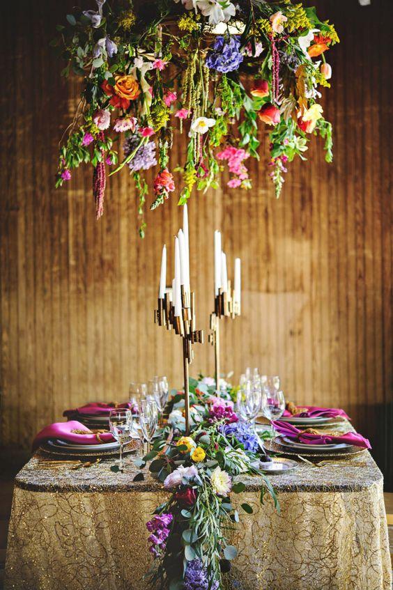 flores boda en el aire