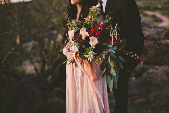ramo asimetrico novia