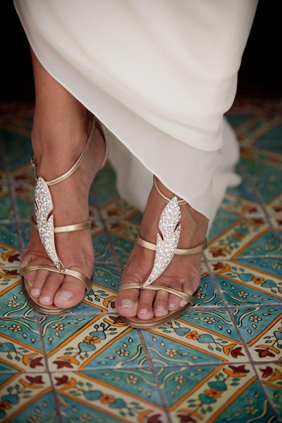 zapatos con plumas novia