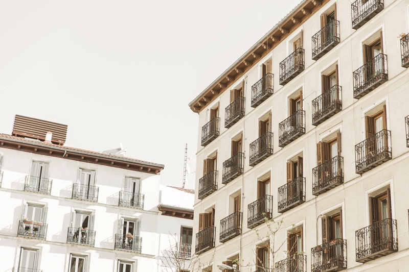 Memories-of-Madrid-Bebas-Closet-vestido-novia-2017 (3)