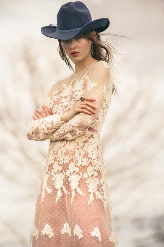 ellas 10 ramon herrerias vestidos novia 2018 2R6A1493 copia