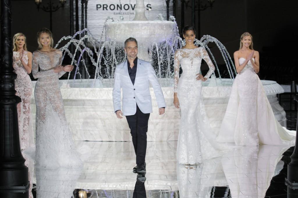 vestidos novia pronovias 2018 wish Bregje Heinen, Romee Strijd, Hervé Moreau, Cindy Bruna, Martha Hunt_PRONOVIAS FASHION SHOW