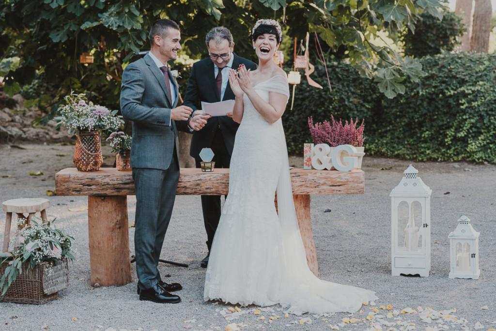 boda entre vinedos AlejandraCasaleizFotografoBodasBarcelonaDestinationWedding-263