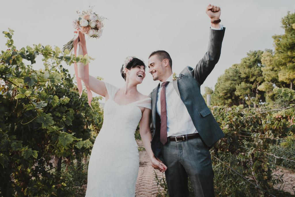 boda entre vinedos AlejandraCasaleizFotografoBodasBarcelonaDestinationWedding-305
