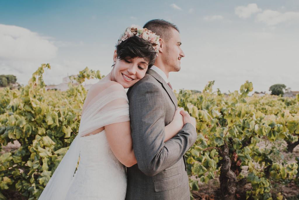 boda entre vinedos AlejandraCasaleizFotografoBodasBarcelonaDestinationWedding-325