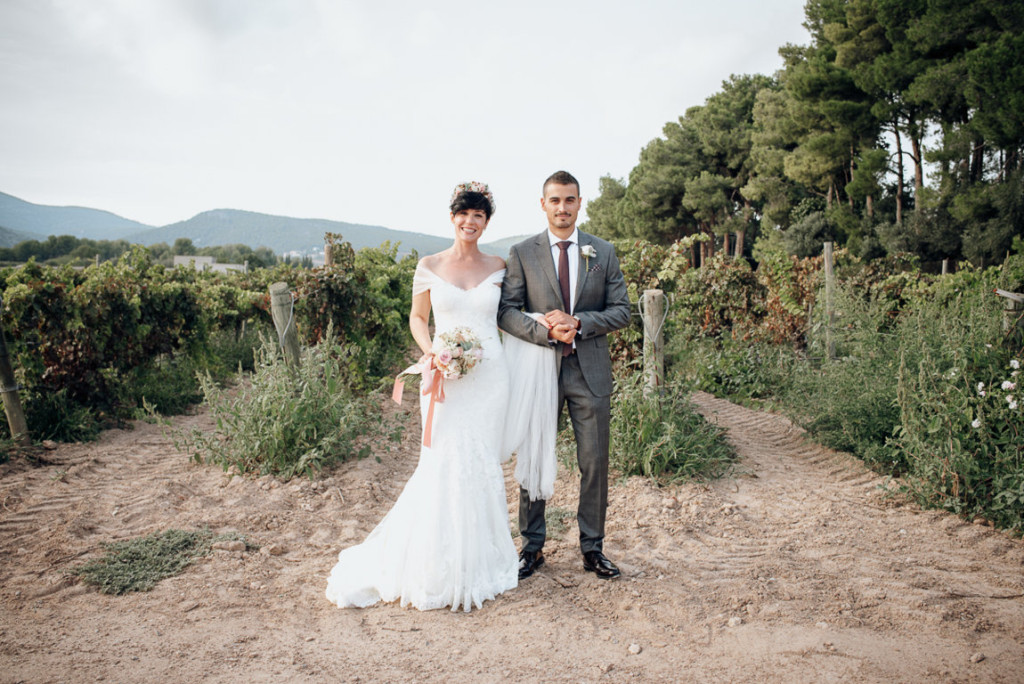 boda entre vinedos AlejandraCasaleizFotografoBodasBarcelonaDestinationWedding-340