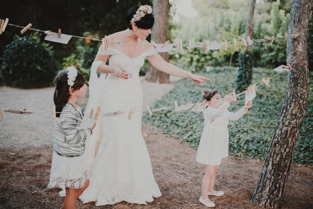 boda entre vinedos AlejandraCasaleizFotografoBodasBarcelonaDestinationWedding-382