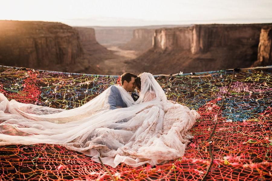 boda en el aire desierto utah