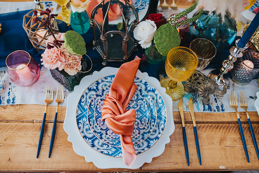 Wedding-Twist-Blending-Living-Coral-and-Moroccan-Vibes_40