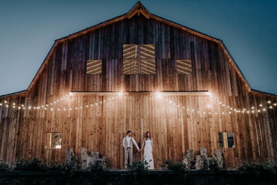 boda en un granero