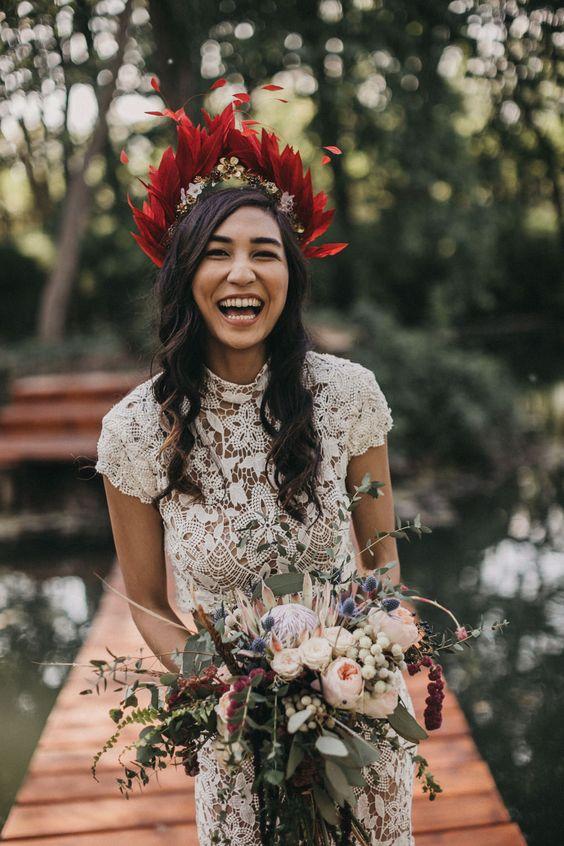tocado plumas boda
